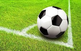 Stichting mag de exploitatieovereenkomst met de voetbalvereniging opzeggen.