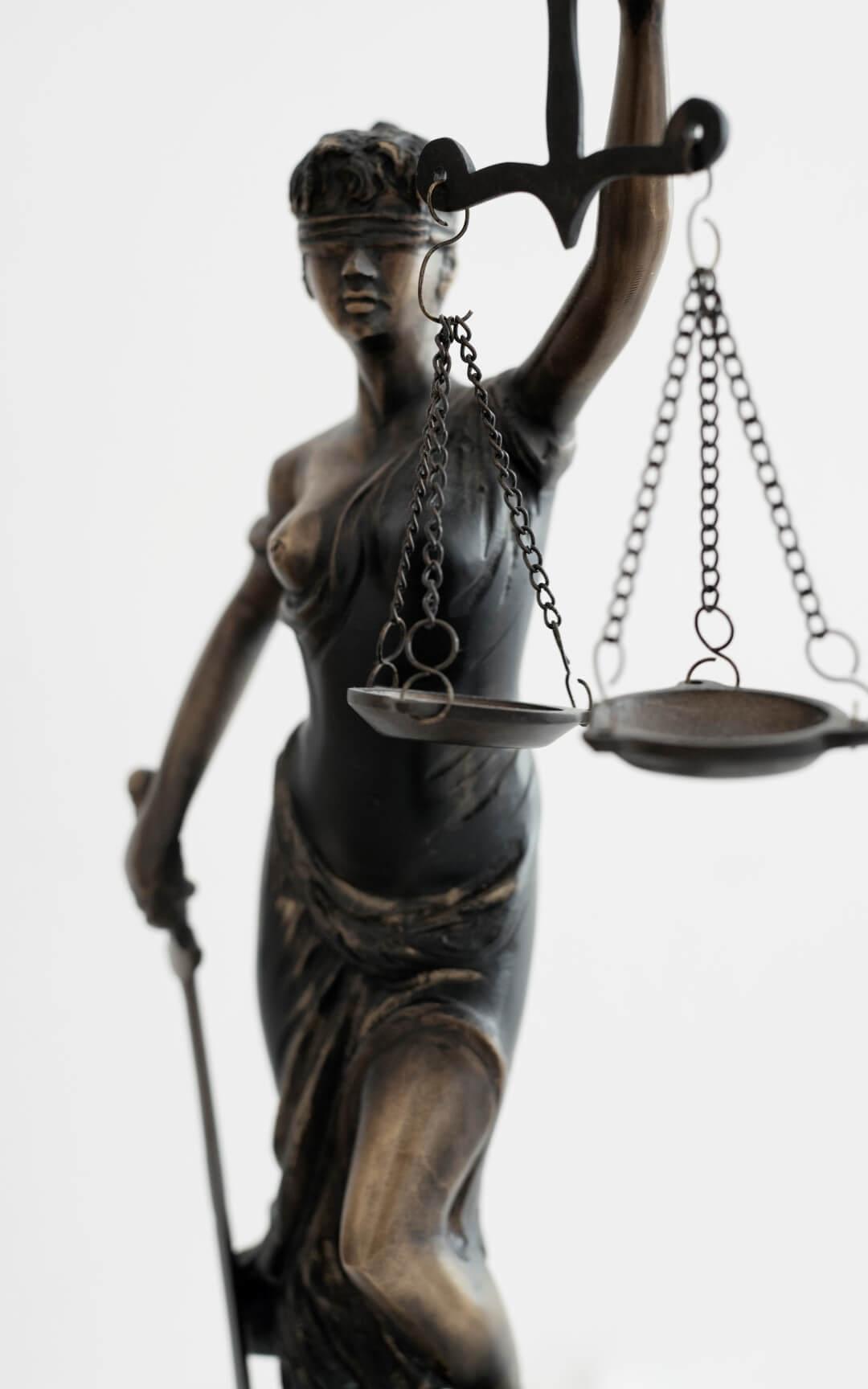 Advocaten krijgen golf van aanstaande werklozen op zich af: 'Bedrijven moeten nóg dieper snijden'